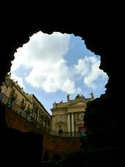 Nel cuore di Catania (ingroar) Tags: italy italia sicily glimpse catania sicilia piazzastesicoro anfiteatroromano chiesadisanbiagio ingroar santagataallafornace