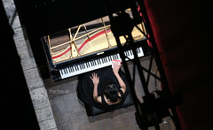 the tissue (leodamico77) Tags: above woman black classic up canon keys teatro donna concert mujer hand dress arm theatre finger tissue perspective piano competition mani grace piemonte musica instrument mano classicalmusic piedmont nero dita tasti prospettiva vercelli grazia pianoforte gesto concorso canonef70200mmf28lusm vestito strumento fazzoletto viotti canon5dmarkiii
