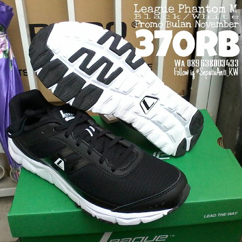PROMO november 370rb League Phantom Black White . Join olshop kami  sepatuantikw.com Toko Sepatu 43dec0023d