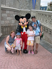 Disney March 2004 - 1 (kraakerjack) Tags: heidijohnstadkraakevik markkraakevik brittakraakevik heidi mark family
