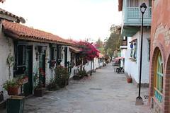 "Calles en el Pueblito Boyacense • <a style=""font-size:0.8em;"" href=""http://www.flickr.com/photos/78328875@N05/23425881809/"" target=""_blank"">View on Flickr</a>"