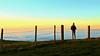 no limits (Erich Hochstöger) Tags: sonnenuntergang sunset landschaft landscape menschen people imfreien outdoor zaun fence himmel sky nebel fog wiese meadow ausblick view