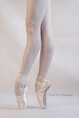 en pointe (Martin Tůma) Tags: girl ballerina balet light beautiful dance model female