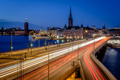 Christmas Traffic (Patberg) Tags: traffic traffictrail longexposure city stockholm twillight mixedlight bluehour