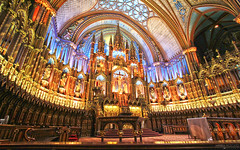 Notre-Dame Basilica of Montréal  (Québec, Canada) (Andrea Moscato) Tags: andreamoscato canada america interior interni light shadow columns bench blue yellow history historic old ancient church cultural gothic architecture ceiling sanctuary catholic altare