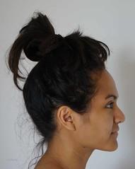 DSC04813Fl (Christa Oppenheimer) Tags: portrait haare frisur frauen woman haarknoten augen schwarzweis bunt