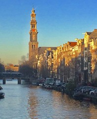 twilight hour in Amsterdam ( EXPLORED ) (Rnoltenius) Tags: amsterdam twilight sun shadow canals water reflections canal reflects charming poetic explore