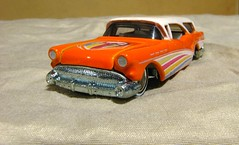 CUSTOM '57 BUICK (richie 59) Tags: diecast diecastcar diecastautomobile diecastauto smallscalecar smallscale generalmotors buick 164scale 164 feb2017 inside richie59 weekday tuseday diecastvehicle hotwheels hotwheelsdiecast diecastbuick 2017 feb212017 1957buickstationwagon 1957buick mattel buickstationwagon america 2010s americancar 1950scar 4door fourdoor frontend grill headlights gm gmcar orangecar 2tone twotone stationwagon customcar custombuick americanstationwagon diecaststationwagon carvel