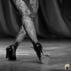 Ela Bailarina (Marcelo Seixas) Tags: show people ballet woman art love students girl beautiful muscles canon wow gold star dance ballerina bravo perfect arte dancing artistic action danza mulher young surreal best tango linda tanz barefoot balance performace lovely maravilhosa tones dança pieds jovem ballo roraima palco tons balletslippers perfeito boavista cady passo balet ballerinas balett apresentação maravilha balé espetáculo pidi musculos perfeição balerina decalza descalça ballerino descalza bailarino piedsnus danze piedinudi baletki scalza bailariana baletka baletky balletmoderno