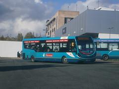 3334 @ Telford (ianjpoole) Tags: max bus station telford wright midlands arriva 3334 streetlite fj64euw
