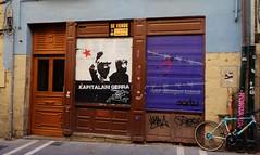 Pamplona, Navarre, graffiti (thierry llansades) Tags: art port puerto graffiti spain magasin graf dessin bilbao espana ruelle graff rue espagne basque pamplona navarre navarra graffitis paysbasque guipuzcoa graffs pampelune graphisme grafs saragosse ondarroa ruelles guipuzkoa biscaye guipuscoa