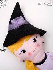 Sweet witch for Halloween (Colori Preziosi) Tags: halloween doll witch felt feltro bambola bonequinha feltdoll feltwitch