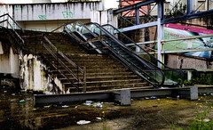 _DSC4310 (Parritas) Tags: street city streetart eye lost hope graffiti justice calle faith poor napoli napoles mafia scuola libert pobreza secondigliano arteurbano camorra scampia