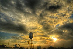 Calling. (yelphotography) Tags: sunset nature weather clouds landscape hdr sunchaser