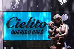 Cielito, querido caf (jbilohaku) Tags: sculpture coffee caf mxico mexico mexicocity df mam moma escultura madre caffe cielito kafo ciudaddemxico skulptao meksikurbo meksiko kafejo motherpatrinopanjo