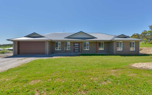 2 Stringybark Road, Tamworth NSW 2340