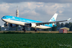 KLM Royal Dutch Airlines Airbus A330-303  |  PH-AKF  |  Amsterdam Schiphol - EHAM (Melvin Debono) Tags: klm royal dutch airlines airbus a330303 | phakf amsterdam schiphol eham melvin debono spotting canon 7d 600d airport airplane aviation aircraft air plane planes polderbaan holland netherlands