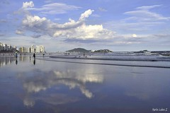 (Maria Luiza S) Tags: beach praia landscape paisagem cé sky clouds núvens azul blue