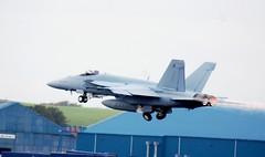 168927 F18 US NAVY BLACKLIONS (douglasbuick) Tags: scotland us airport nikon flickr aircraft aviation military navy super hornet f18 prestwick d40 168927