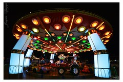 tiovivo (_Joaquin_) Tags: ex vintage uruguay luces noche nikon juegos sigma joaquin montevideo 1020mm rueda gigante tiovivo dx rambla parquerodo hsm d3200 inafancia joafotografia joalc lapizaga
