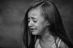 ثم استَدْمعَت , ثم أرسلت عينيها تبكي ؛ (Sharifa Alzahrani) Tags: وردة بنت رحله طبيعيه تصوير معرض عدستي ذكريات صديقتي حلوه شوق صوري قلبي فن دورة تصويري أبيض حزن العيد كاميرتي طفل مكة ذكرى ابداع الشوق أطفال اصدقاء اطفال عدسة صغيره أسود أحادي لقطة اشخاص كام سعوديات نيكون كاميرا كانون ذكرياتي ابيض مصور مصورين استوديو بنوته جده طفله معارض تدريب اضاءة ذكري اضاءه خلفيه فوتوغرافي نتائج سعوديين نتيجه شركات انثى مصوراتي مصورة مصورات هتون فازه فوتوغرافيات بورتوريه دي7000 لقتطي مكتي دي٧٠٠٠ مصوراي