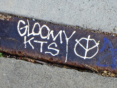 Gloomy KTS, San Francisco, CA (Robby Virus) Tags: sanfrancisco california metal graffiti gloomy tag sidewalk kts
