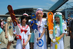 Comiket, Summer 2015 (ジェローム) Tags: girls woman girl japan asian japanese tokyo costume women asia cosplay odaiba cosplayer comiket comicmarket