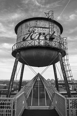 """""""Ford"""" water tank... Always a lot of fun with this type of subjects. (@bokehpa) Tags: ford rooftop vintage midwest nebraska pyramid geometry urbandecay rusty urbanexploration omaha dslr watertank digitalphotography urbex murica waterdeposit"""