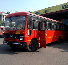 Here is The one of the longest seasonal route of MSRTC (gouravshinde94) Tags: bus one is seasonal here route longest the sangli wardha msrtc
