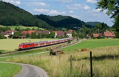 111 025 DB Regio (Daniel Powalka) Tags: panorama germany deutschland photography photo flickr fotografie photographer photographie photos stuttgart wiese award himmel wolken eisenbahn db fotos sonne spotting wetter kühe acker schiene regio autofocus strecke regionalexpress nahverkehr badenwürttemberg elok regionalbahn flickrsbest br111 flickrcenter d7100 flickraward flickrphotoaward flickrawardgroup murrbahn goldstaraward photonawards goldstarflickraward murrtal awardflickrbest nikonflickraward flickrtravelaward flickrclickx flickrphotosperfect