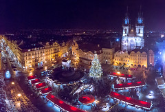 Prague Christmas Markets (damiendavis) Tags: christmas xmas old tree tower church skyline weihnachten town europe december advent cityscape prague market capital kirche praha christmasmarket tschechien weihnachtsmarkt czechrepublic weihnachtsbaum turm altstadt oldtown oldtownsquare ceskarepublika republika staromestsknmest capitalcity ceska czechy vnoce teynkirche xmasmarket vnon stromek churchofourladybeforetn stromecek alstdter