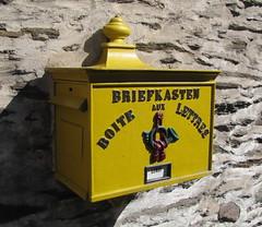 Briefkasten (p_jp55 (Jean-Paul)) Tags: mailbox letterbox luxembourg luxemburg briefkasten vianden boteauxlettres ltzebuerg veianen veinen