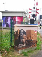 streetart (streamer020nl) Tags: enschede 011216 2016 holland twente twenthe overijssel netherlands niederland paysbas nederland streetart graffiti grafitti spoorwegovergang overweg oldenzaalsestraat