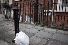 20161207T14-30-12Z-DSCF9094 (fitzrovialitter) Tags: fitzrovia fitzrovialitter camden westminster rubbish litter dumping flytipping trash garbage london urban street environment streetphotography westend peterfoster documentary fuji x70 fujifilm captureone geosetter exiftool geotagged england gbr unitedkingdom westendward geo:lat=5151990900 geo:lon=014042600