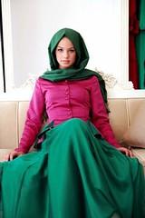 مزج الألوان في ملابس المحجبات أناقة مثالية في موسم ربيع 2017 (Arab.Lady) Tags: مزج الألوان في ملابس المحجبات أناقة مثالية موسم ربيع 2017
