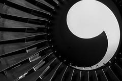 Ready to start engine (Philippe Goachet) Tags: airliner avion aircraft airline airfrance aérien airport boeing b747 b747400 fan réacteur engine nikon ailette