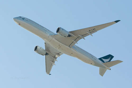 Cathay Pacific B-LRC