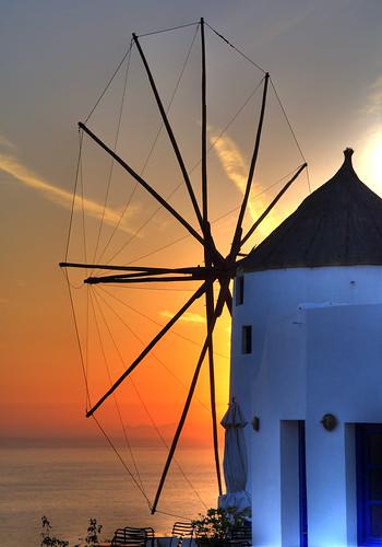 molino en la isla de Santorini