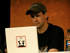 WCAG 2.0: Ian I (Jan Brana) Tags: england london apple sticker ibook stickers banksy  macstickers ianlloyd atmedia wcag atmedia2006 atmedia06 wcag20 upcoming:event=48899