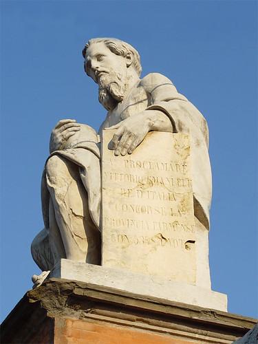 Nino Bixio statue in Parma