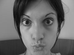 faccio bene il pesce?? (ninakupenda81) Tags: bn io occhi monica bocca viso divertenti primopiano pesce