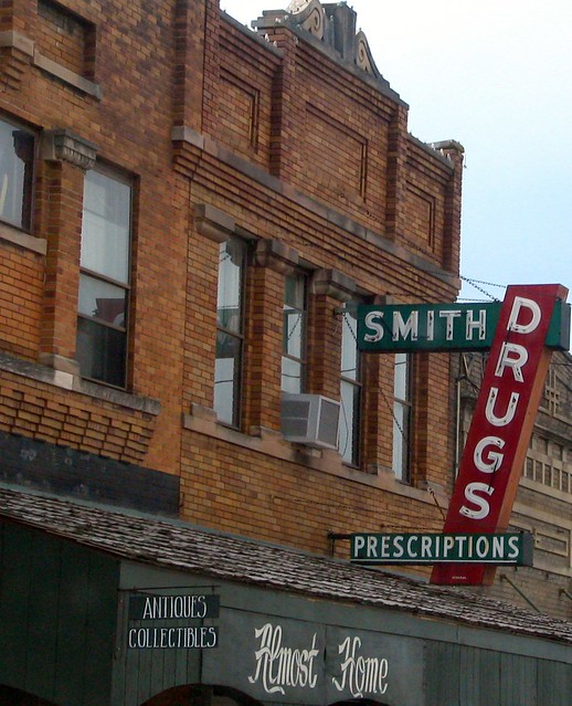 Smith Drugs sign