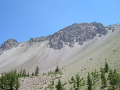 Rockslide into lake (fort-m) Tags: crags lassen