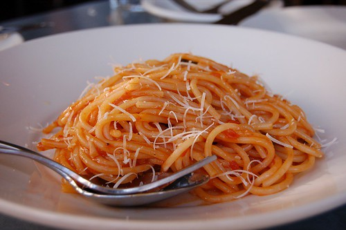Delfina Spaghetti with Plum Tomatoes