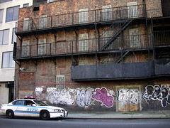 Harlem Cop (Tomas) Tags: ny newyork car graffiti harlem police cop