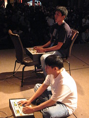 JWong and SooMighty play MvC2 on the Evo2k6 stage