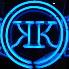 KK (mag3737) Tags: blue sign neon squaredcircle squircle kk kklogo kkfav xmetalparty
