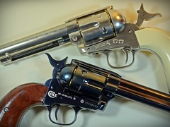 Umarex – Full Metal – Colt SAA Peacemaker - BB CO2 Pistol – Nickel & Blued Version – Close Up (My Toy Museum) Tags: umarex metal pistol gun airgun bb nickel blued colt single action army peacemaker