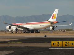 Iberia / A343 / EC-KOU / KGYR (_Wouter Cooremans) Tags: kgyr gyr goodyear spotting spotter avgeek aviation airplanespotting iberia a343 eckou