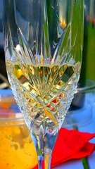 Elegance (Monsieur Tout Le Monde) Tags: home glass garden picnic crystal toast champagne class dinnerparty essex cava domi elegance chalkwell dominickillworth